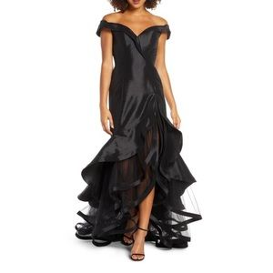 Mac Duggal ❤️ Portrait Collar Tiered Taffeta Gown